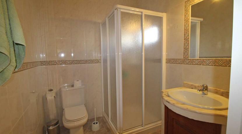 40.-Ensuite Shower Room
