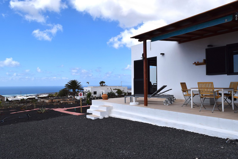 Recently built detached villa with panoramic sea views