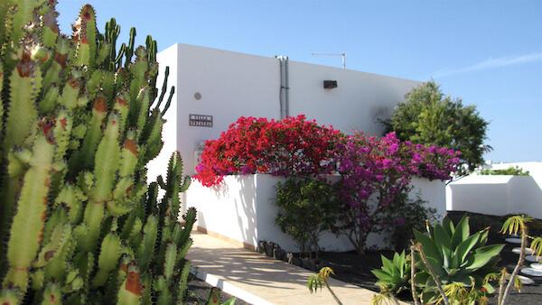 Primera entrance